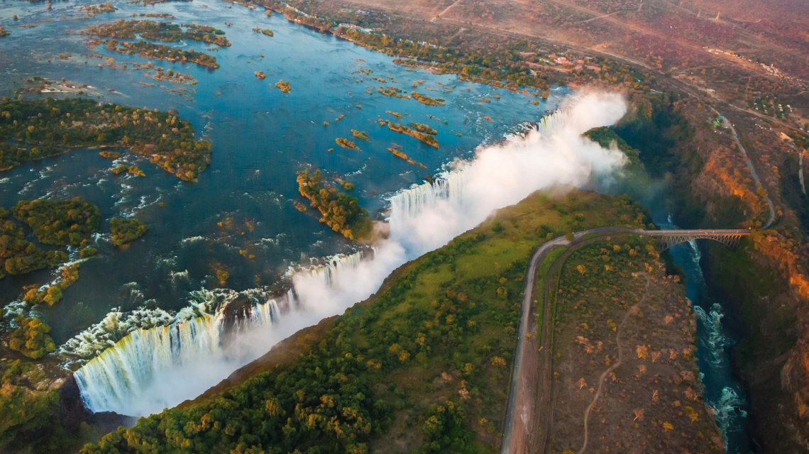 African Explorer -  Von den Viktoriafällen bis zum Indischen Ozean