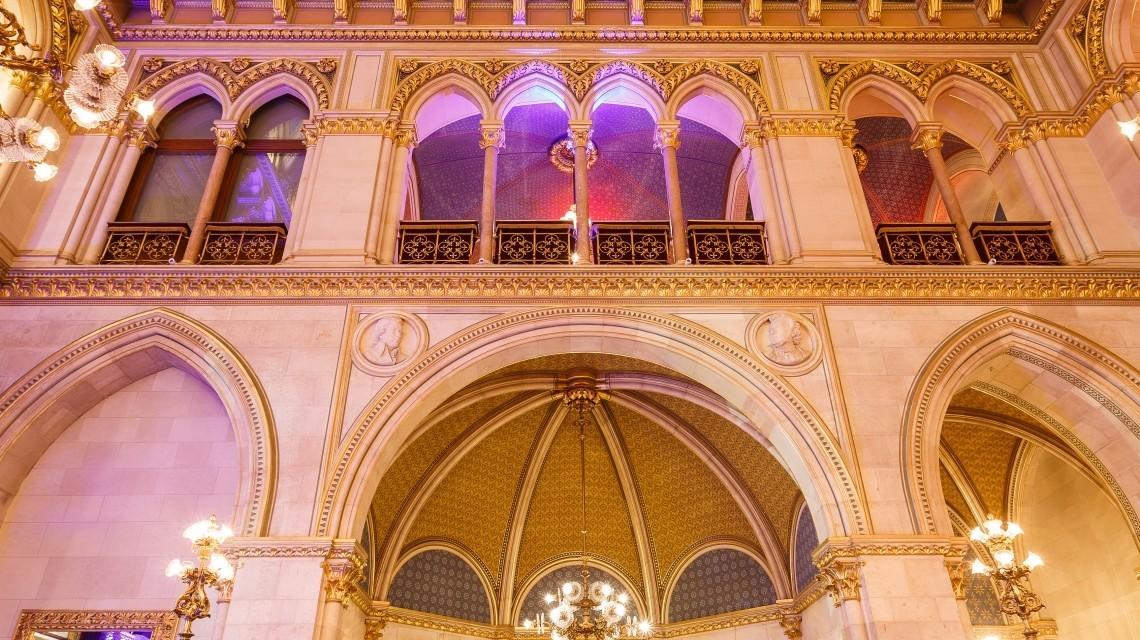Decke Ballsaal Rathaus Wien