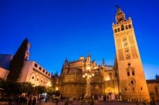 Kathedrale Giralda Sevilla (Delphotostock, fotolia)