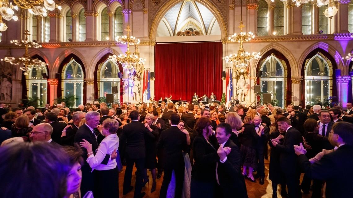 Tanzfläche Rathaus Wien