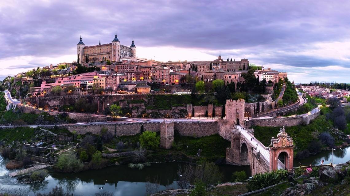 Al Andalús: Exklusiv-Charter auf einzigartiger Route von Sevilla nach Santiago de Compostela