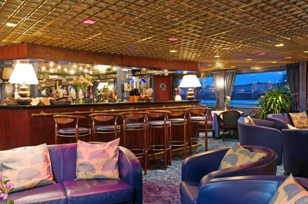 MS Mistral Bar
