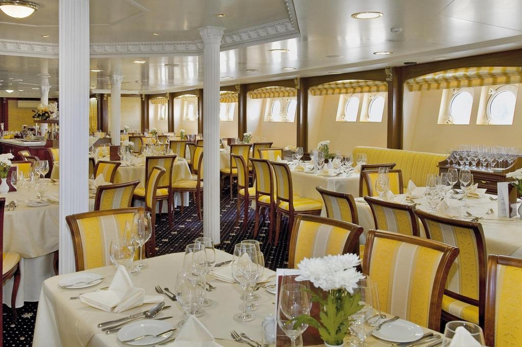 MS Volga Dream - Restaurant