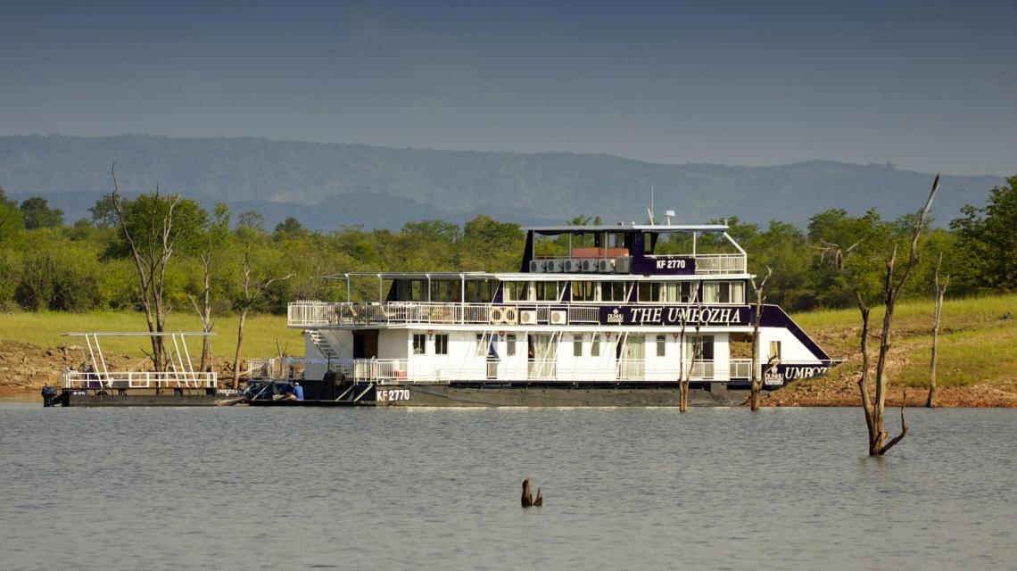 Hausboot-Safari auf dem Sambesi
