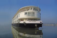 RV Ganges Voyager