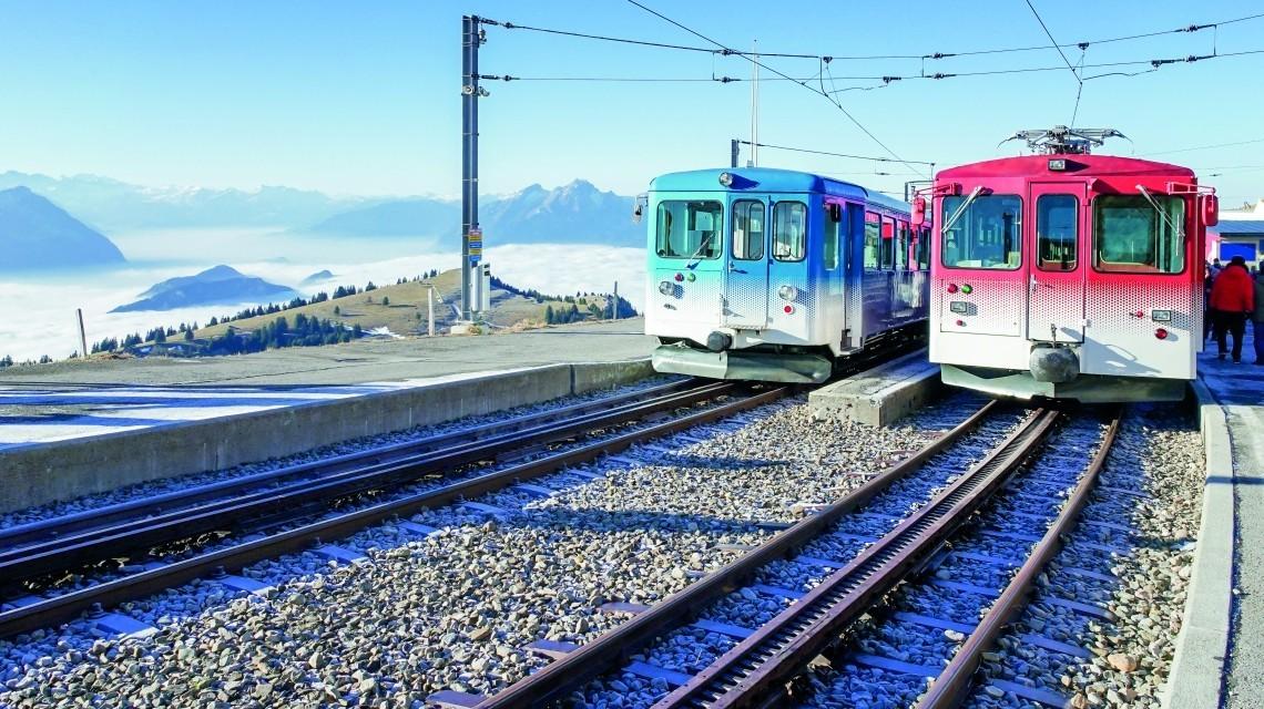 Traumhafte Alpenpanoramen und Wunder Schweizer Bahntechnik