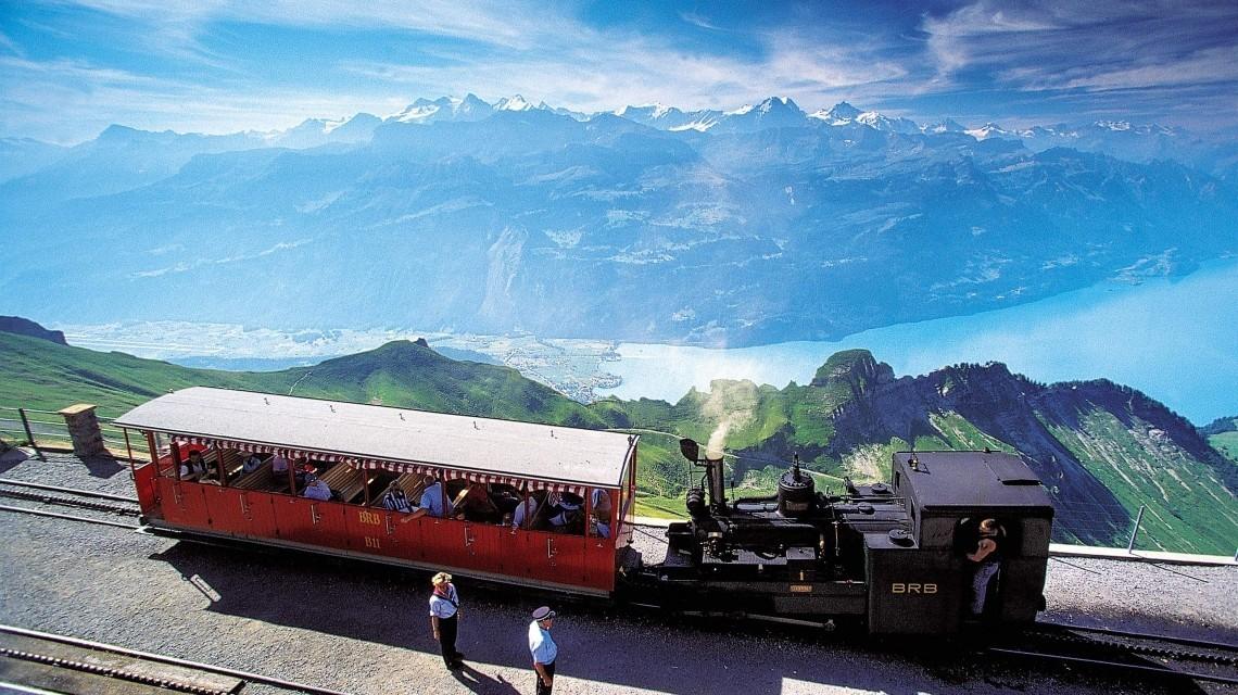 Brienzer Rothorn-Dampfzug mit herrlicher Aussicht