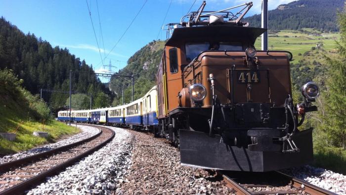 Glacier Pullmann Express