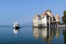 Montreux - Schloss Chillon mit Schiff