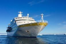 MS Hamburg in Grönland