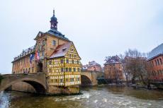 Das Rathaus von Bamberg im Winter