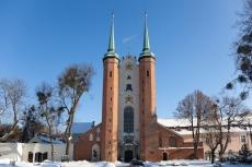 Die Kathedrale von Oliwa im Winter