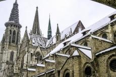 Dom von Regensburg im Winter