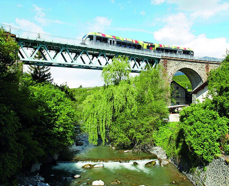 Vinschger Bahn auf der Göflaner Brücke