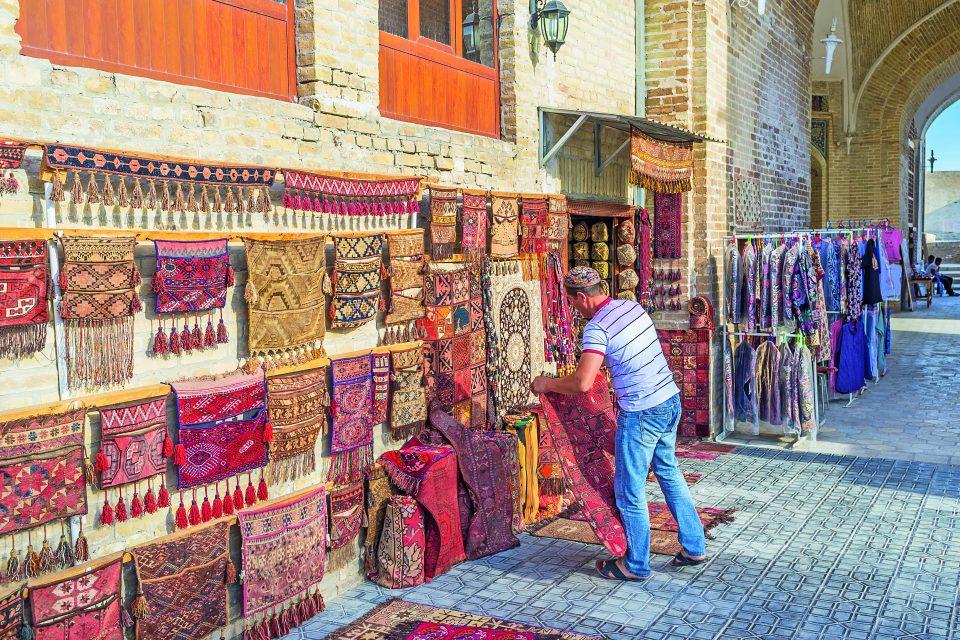 Teppichhändler in Buchara