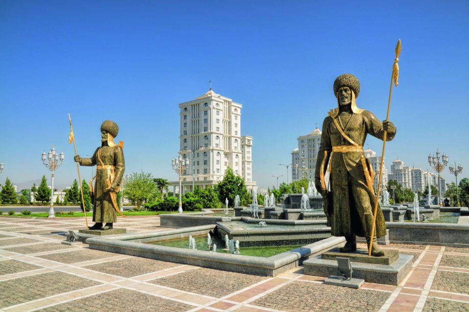 Unabhängigkeitsmonument in Aschgabat