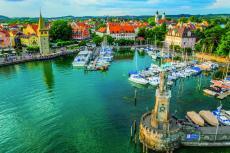 Lindau am Bodensee mit Hafen (shutterstock_544922086)