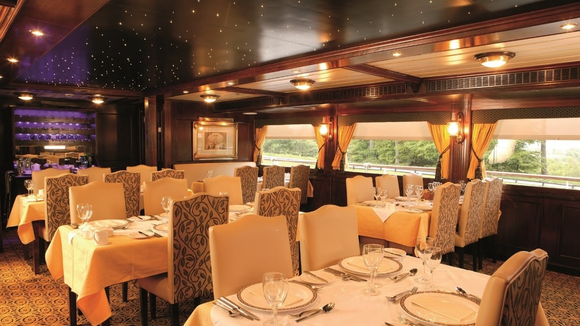 Restaurant - MV Lord of the Glens
