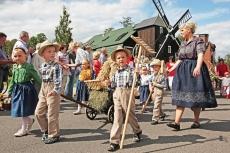 Traditionsumzug der Sorben in der Oberlausitz (shutterstock)