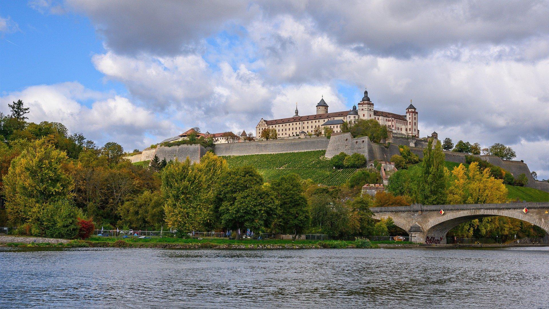 Schloss bei Würzburg am Main