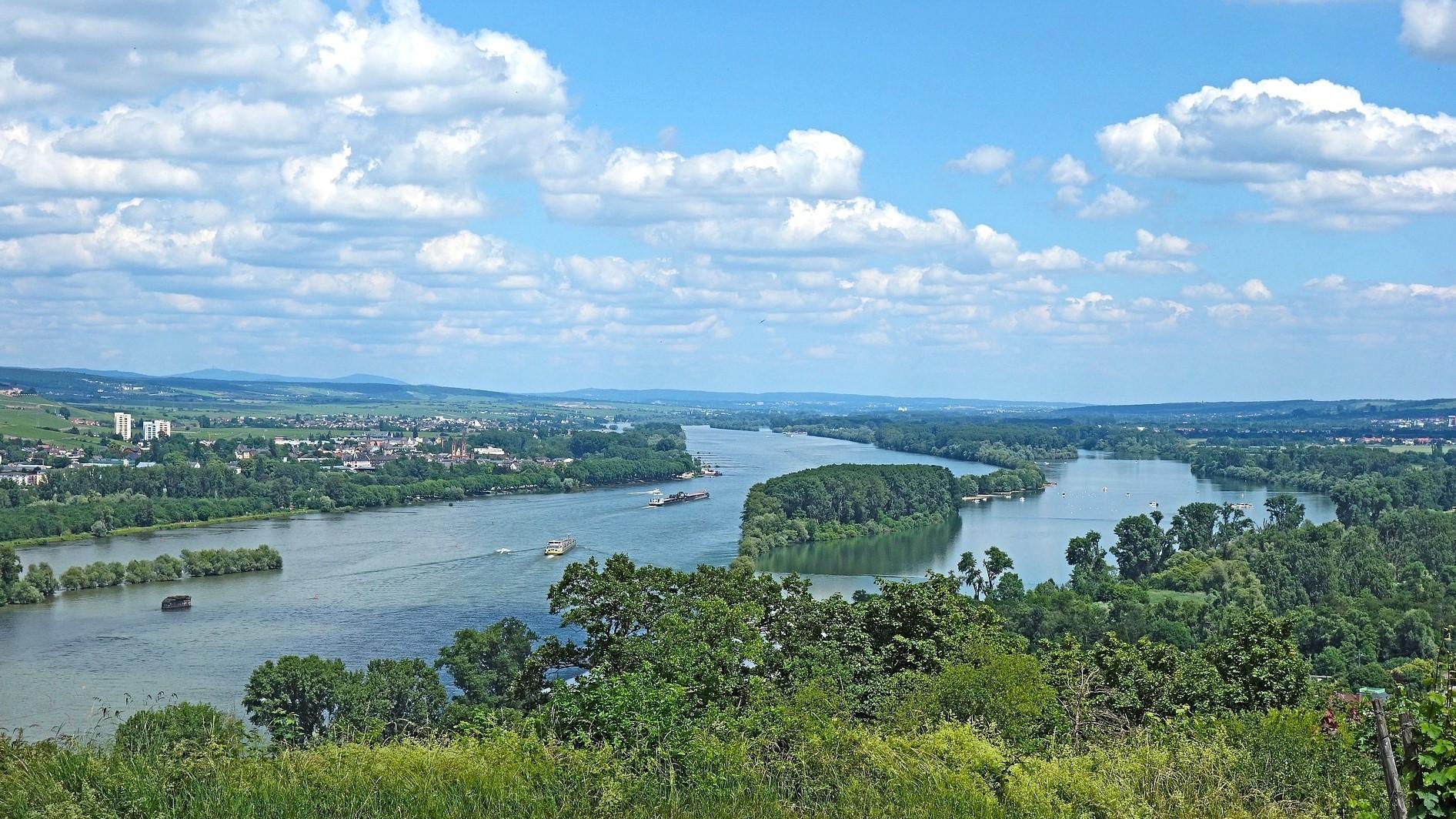Der Rhein bei Rüdesheim und Bingen